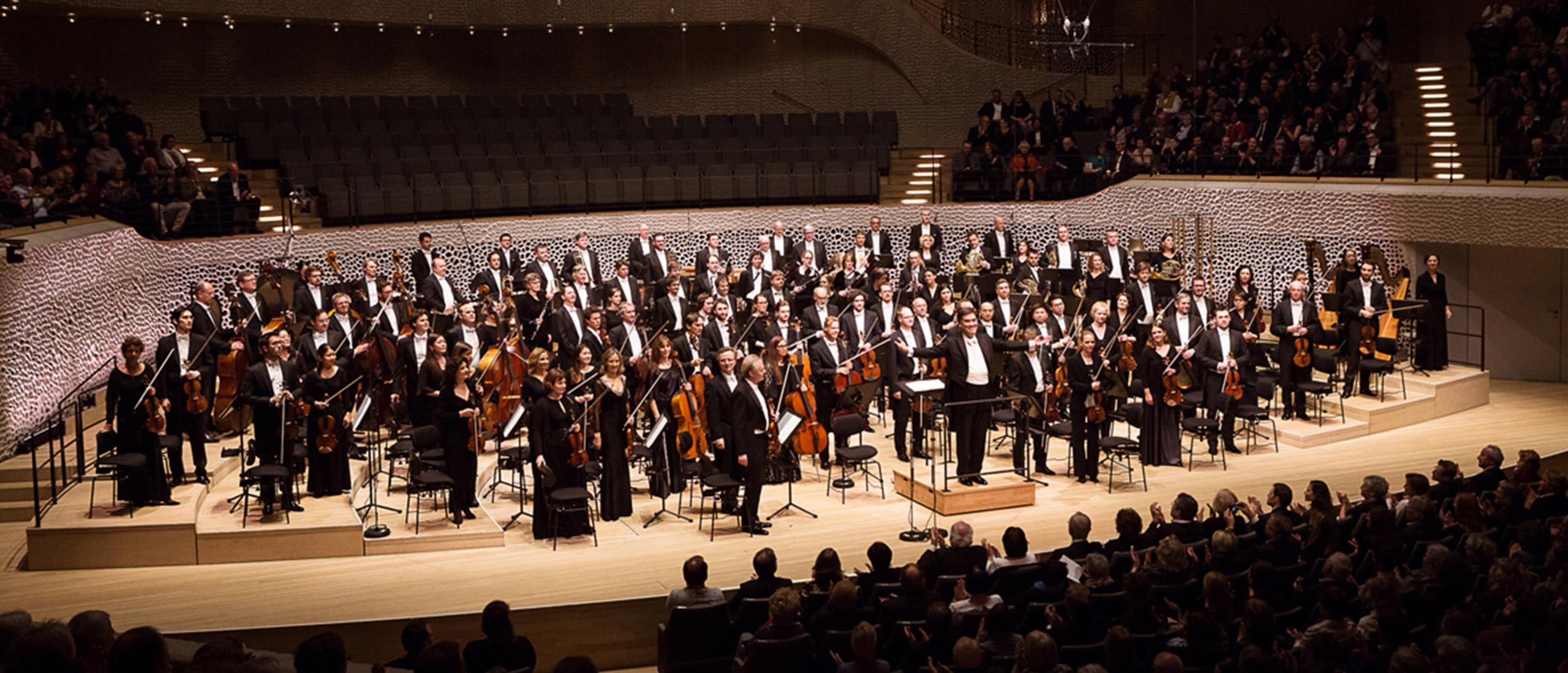 NDR Elbphilharmonie Orchester (© Peter Hundert)
